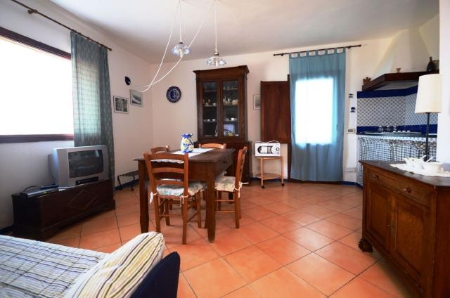 Soggiorno Con Divano Letto : Casa-Nika-cucina-soggiorno-con-divano ...